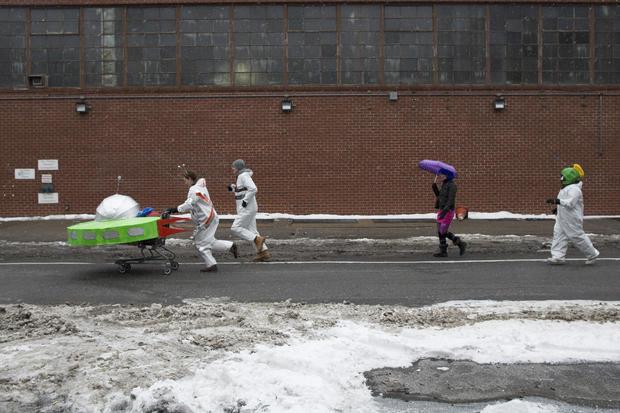 "Brooklyn's ""Idiotarod"" sparks controversy"