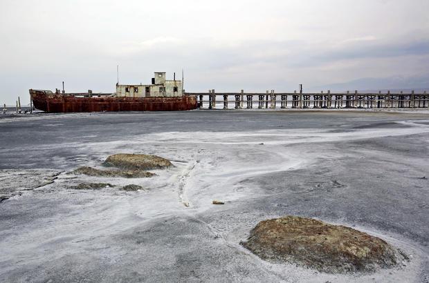 Iran's great shrinking lake