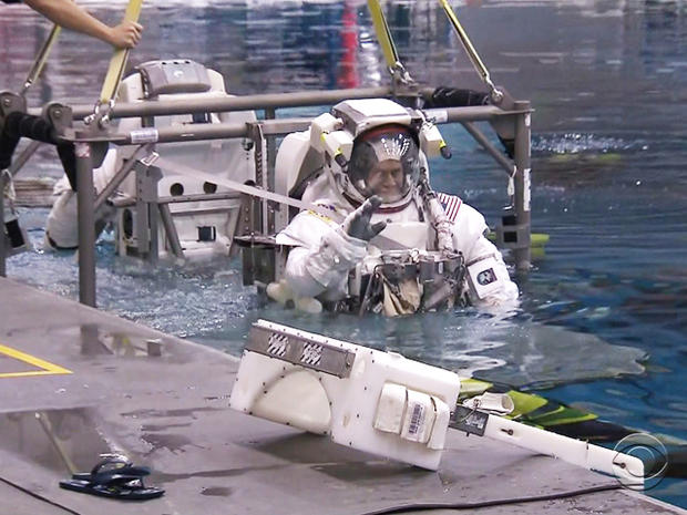 astronaut-pool.jpg