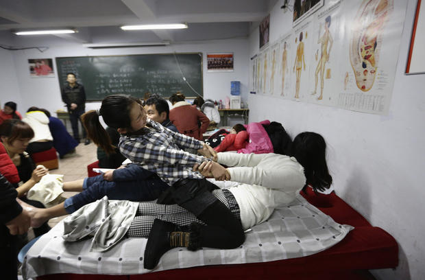 Masseuse training in China