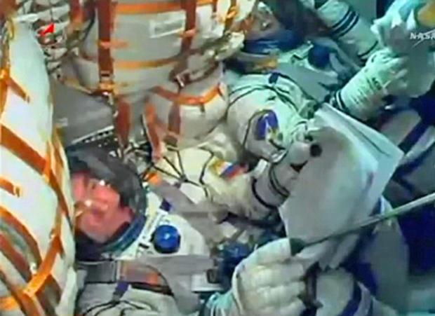 032514-launch2-crew-crop.jpg