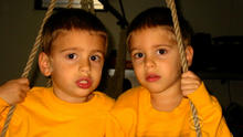 autism-twins2.jpg