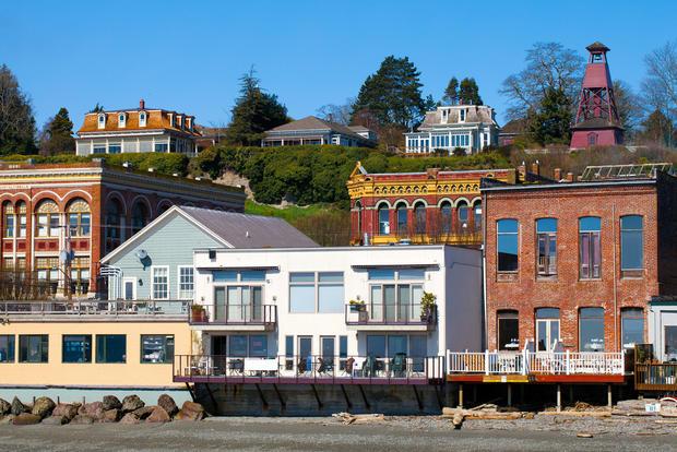 Top 10 beach towns for retirees cbs news for Small east coast beach towns