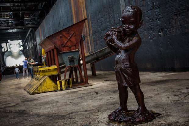 Large scale sugar-coated sculpture in Brooklyn