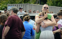 Student, gunman dead in Oregon school shooting