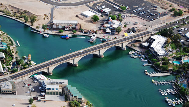 ariz-london-bridge2.jpg