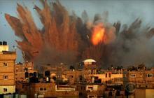 Escalating airstrikes, Israel targets homes of militants