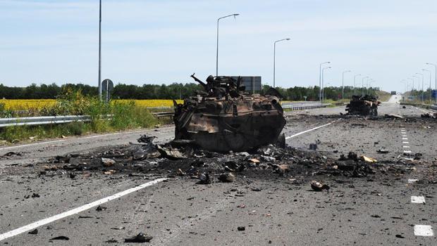ukraine-rebel-tank-620-452136870.jpg