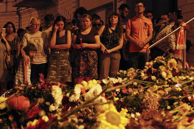 Mourning the victims of Malaysia Airlines Flight 17