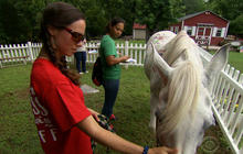 Female veterans find sisterhood in recovery program