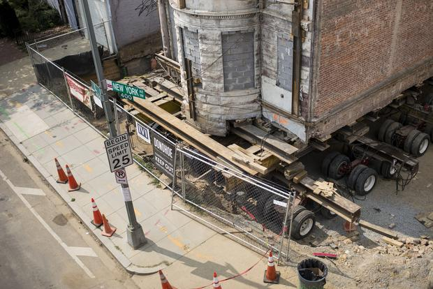 Moving historic D.C. building one inch at a time