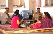 U.S. airstrikes continue as Iraq's Yazidis flee militants