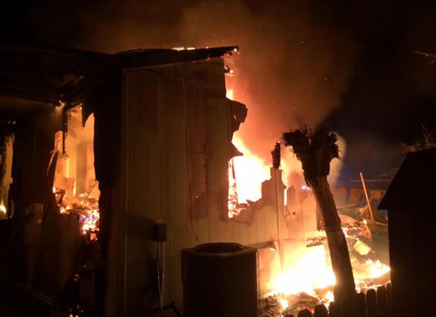 napa-earthquake-peter-roney-mobile-home-fire-01.jpg