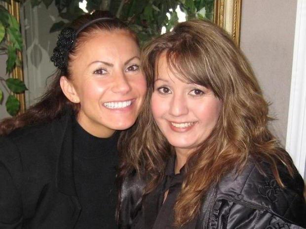 Yvonne Baldelli and her sister Michele Valenzuela