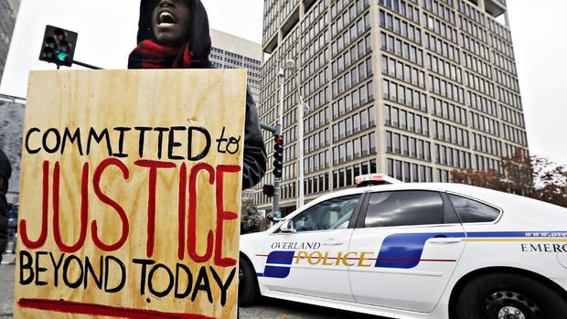 Ferguson braces for grand jury report