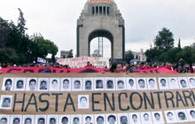 Protesters demand justice for 43 missing Mexican students