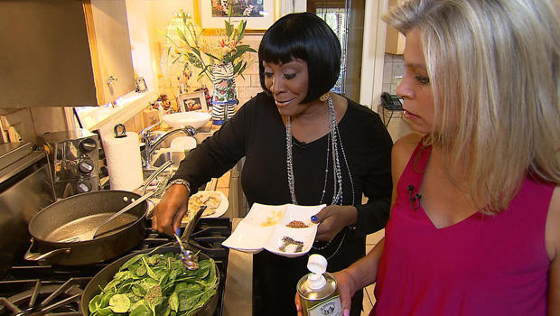 patti-labelle-cooking-tracy-smith-620.jpg