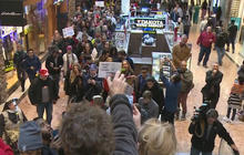 Ferguson protestors disrupt Black Friday shopping