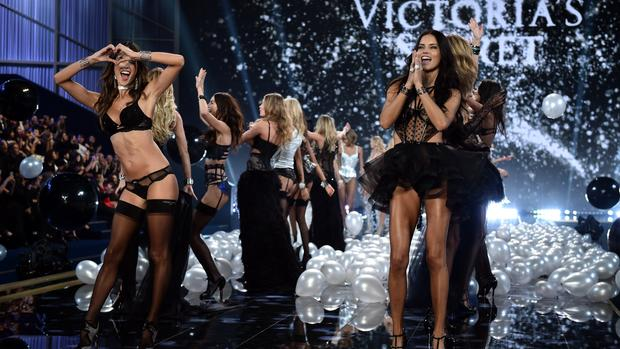 e9e72d10781f1 Stars, models dazzle at 2014 Victoria's Secret Fashion Show - CBS News