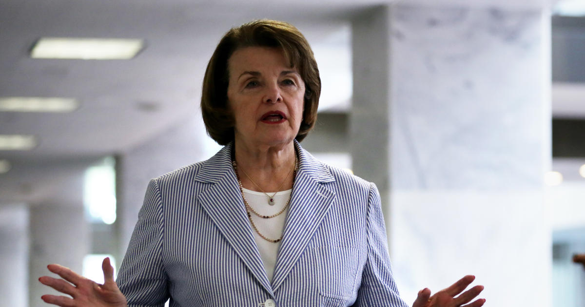 dianne feinstein video senator tells youth climate change activists i know what i m doing cbs news https www cbsnews com news dianne feinstein video senator tells youth climate change activists i know what im doing 2019 02 22