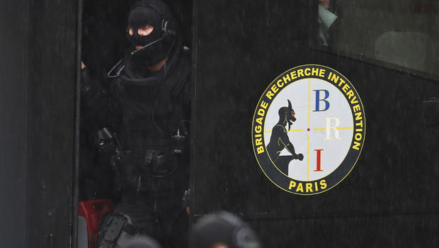 Man takes two hostage, including pregnant woman, in Paris office