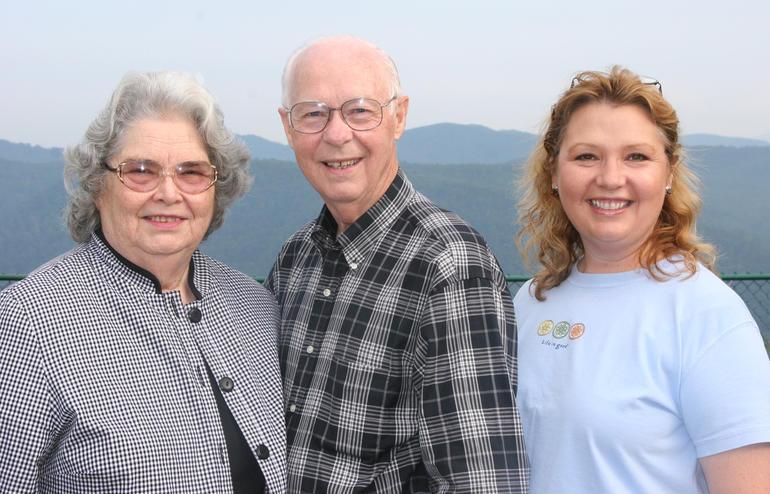 Vanessa Mintz and her parents