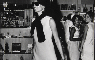 Jackie O letters to be auctioned