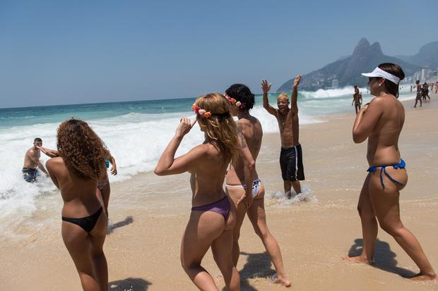 Brazilians head to the beach