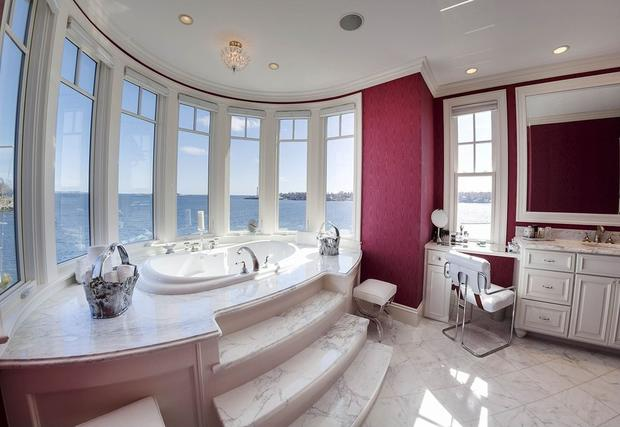 10 home design trends to ditch in 2015 - CBS News Zillow Bathroom Designs Columns on home bathroom designs, family bathroom designs, pinterest bathroom designs, 1 2 bathroom designs, walmart bathroom designs, hgtv bathroom designs, target bathroom designs, economy bathroom designs, amazon bathroom designs, google bathroom designs, seattle bathroom designs, msn bathroom designs,