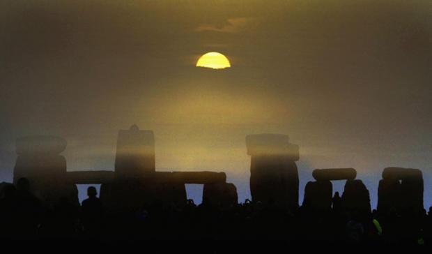 stonehenge-50980757.jpg