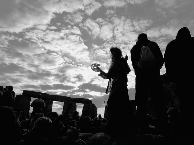 stonehenge-71270051.jpg