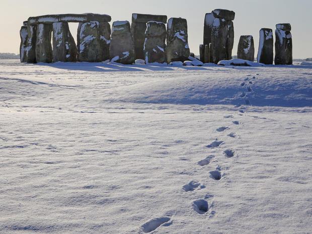 stonehenge-95663869.jpg