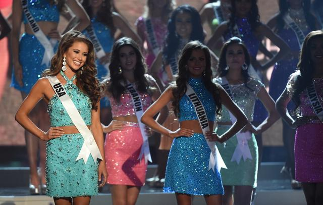 Miss Philippines Mary Jean Lastimosa - Miss Colombia crowned Miss