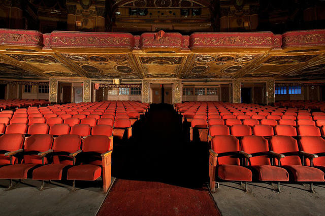 Kings Theatre Reopens Grand Brooklyn Movie Palace Reopens