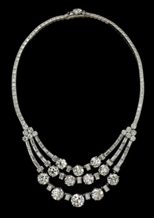 22necklace-worn-by-hsh-princess-grace-of-monaco.jpg