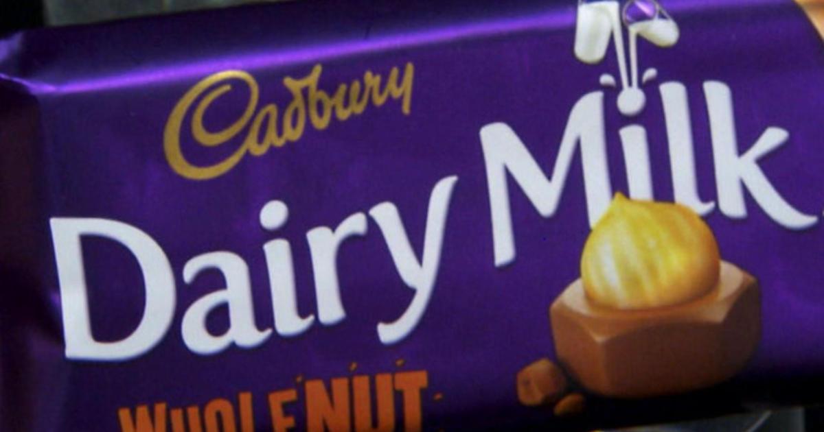 Hershey moves to ban U K -made Cadbury chocolates in U S