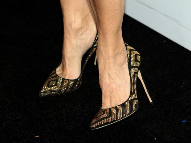 high-heels-463046788.jpg