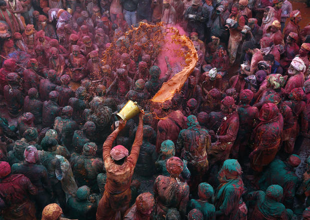 It's Holi time