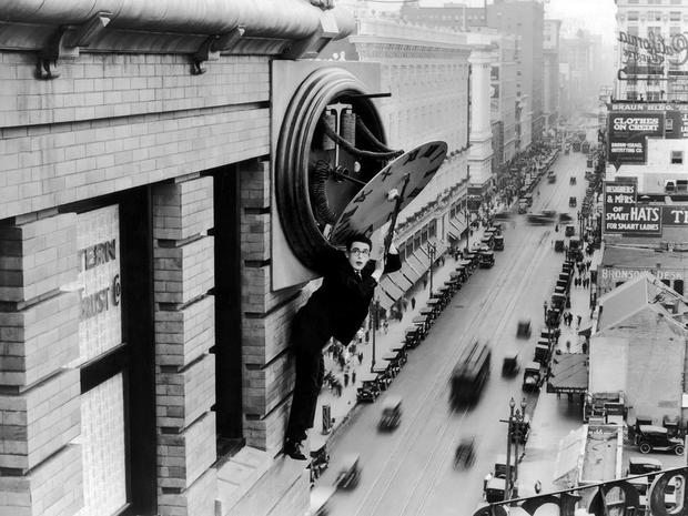 harold-lloyd-safety-last-1923-b.jpg