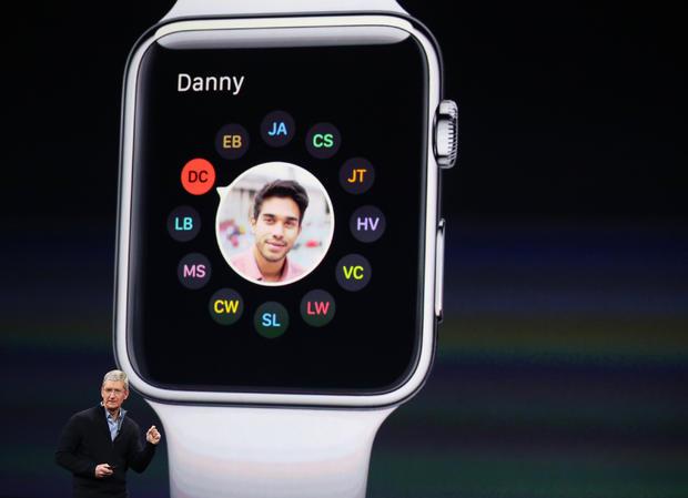 Apple_Watch_rtr4snk8.jpg
