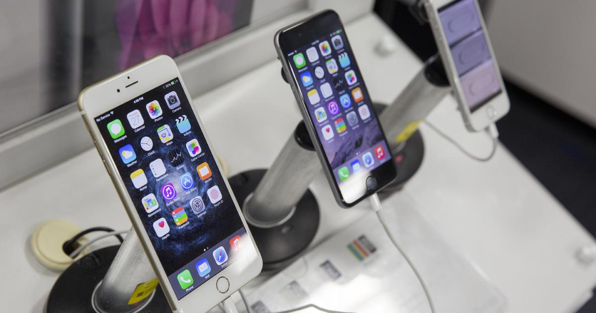 best buy says goodbye to mobile phone stores cbs news. Black Bedroom Furniture Sets. Home Design Ideas