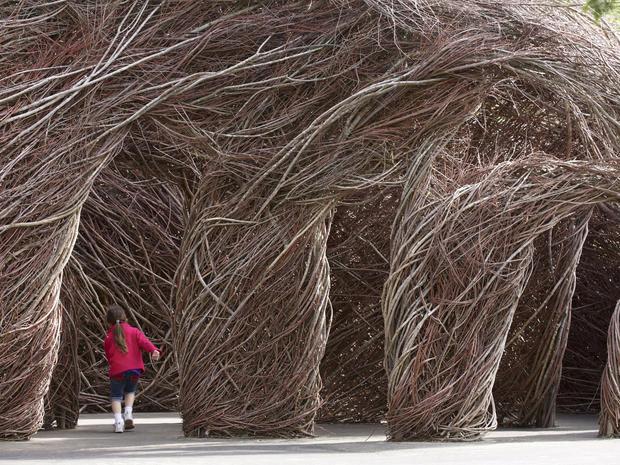Patrick Dougherty's giant stick sculptures