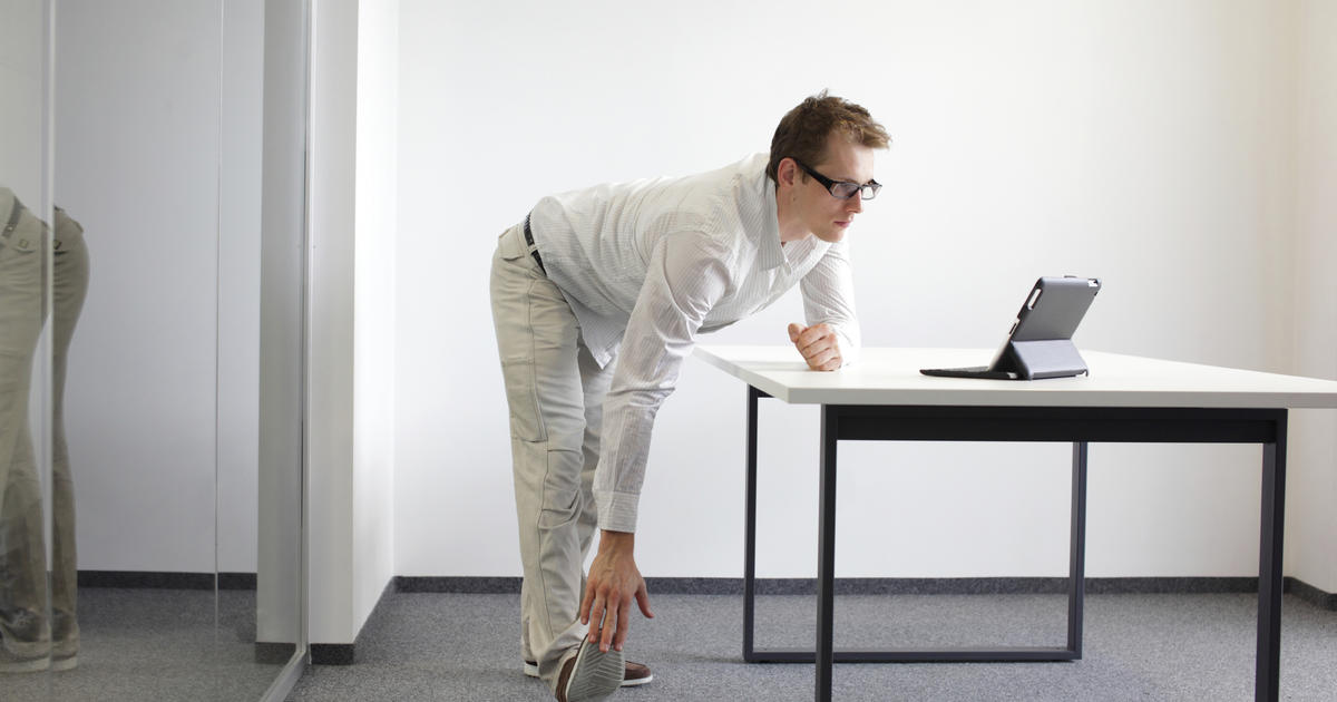 Standing Desk Dilemma Too Much Time On Your Feet Cbs News
