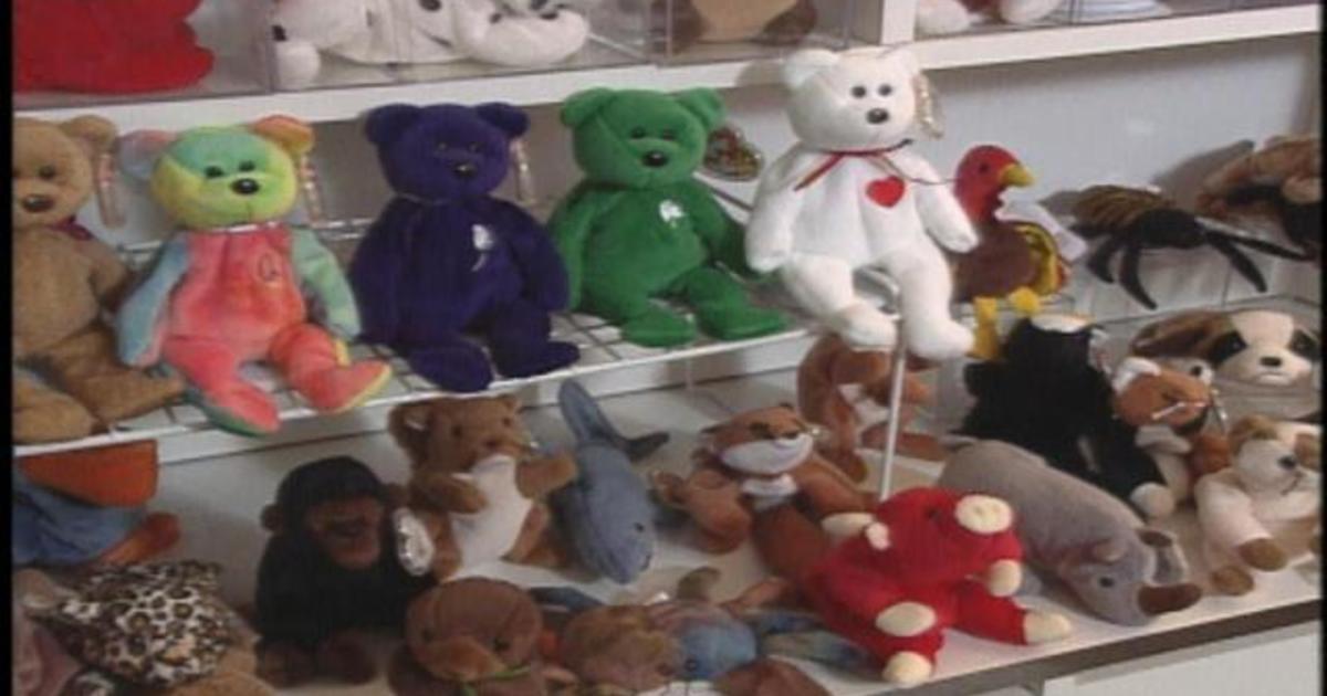 Flashback  Stunning 1999 Beanie Babies news - CBS News 7a7693fd1f3