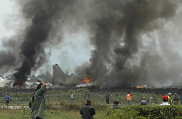 plane-crashes-reutersrtr1tjik.jpg