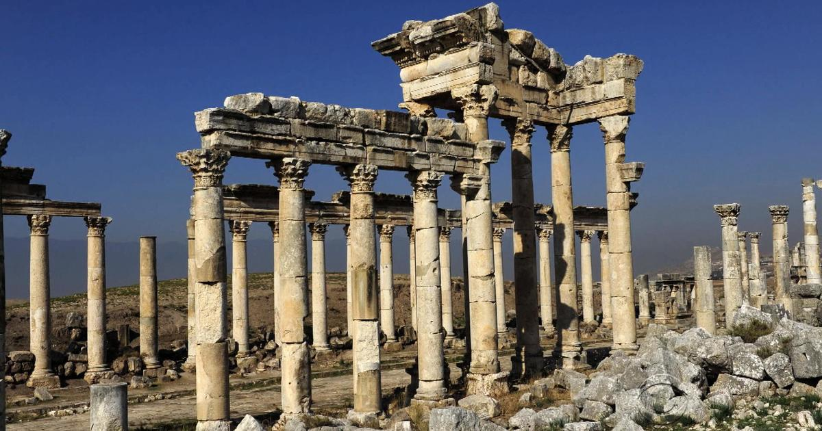 Archaeologists fighting to save what ISIS destroys