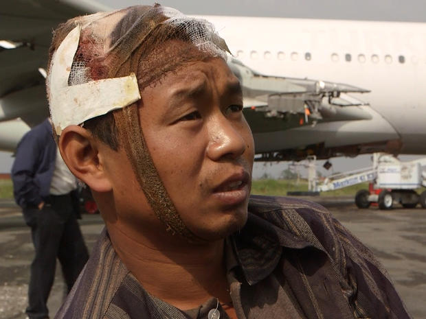 Lobsang Sherpa, who was injured when a landslide hit the bus he was riding in during Nepal's earthquake, speaks to CBS News in Kathmandu