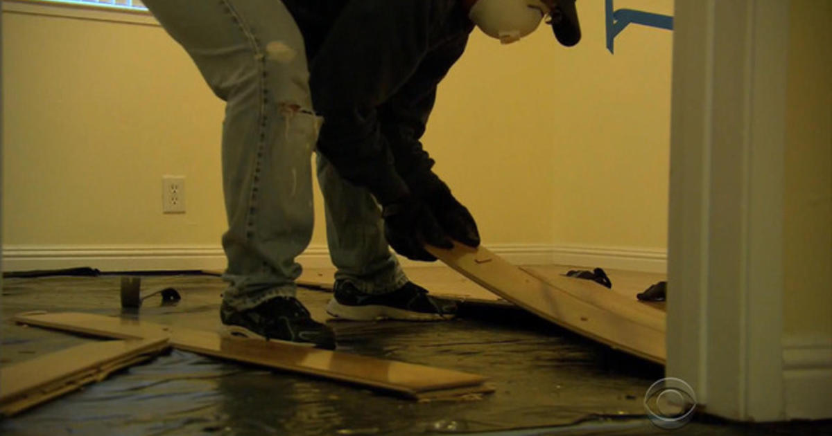 Lumber Liquidators pulls Chinese-made flooring