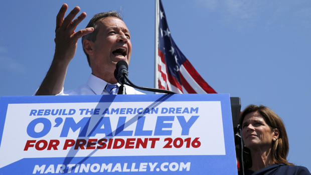 Former Maryland Gov. Martin O'Malley is joined by his wife, Katie O'Malley, as he announces his intention to seek the Democratic presidential nomination during a speech in Federal Hill Park in Baltimore, Maryland, May 30, 2015.