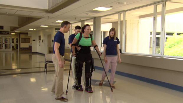 Olympian Amy Van Dyken Learning To Walk Again Cbs News